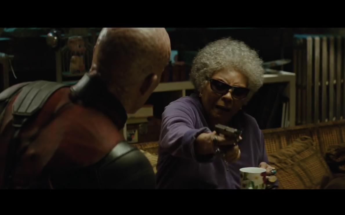 Ryan Reynolds and Leslie Uggams in Deadpool 2 (2018)