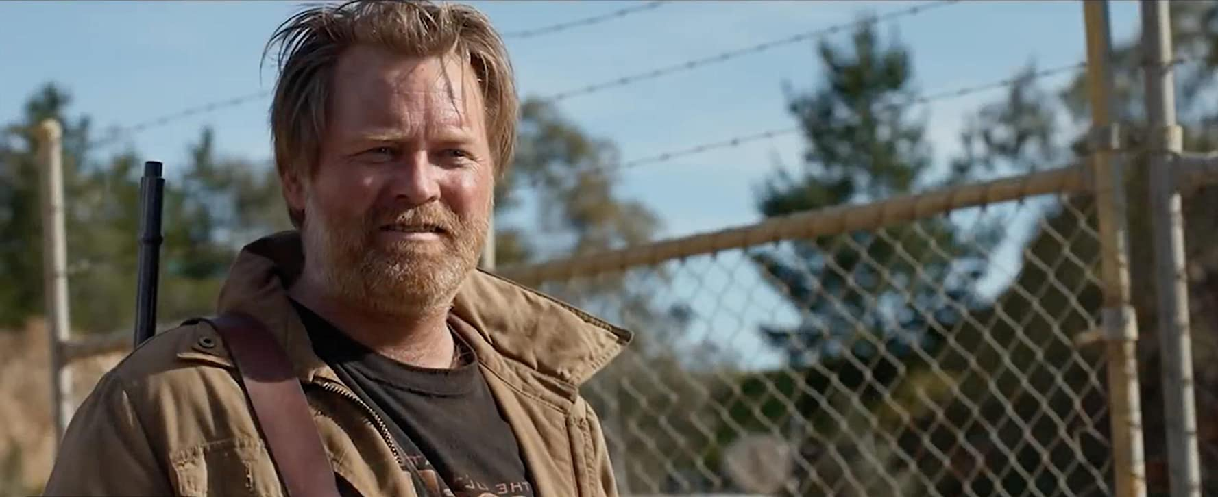 Anthony Hayes in Cargo (2017)