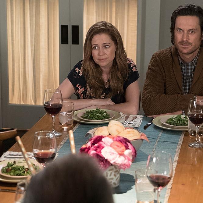 Oliver Hudson and Jenna Fischer in Splitting Up Together (2018)