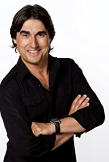 Nick Giannopoulos Picture