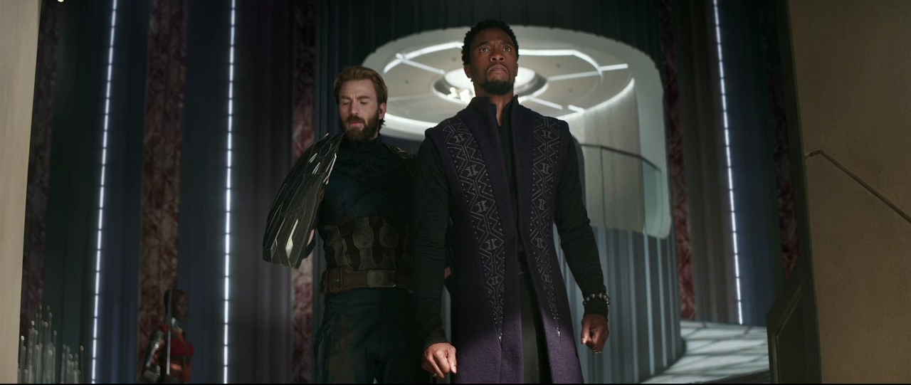 Chris Evans and Chadwick Boseman in Avengers: Infinity War (2018)