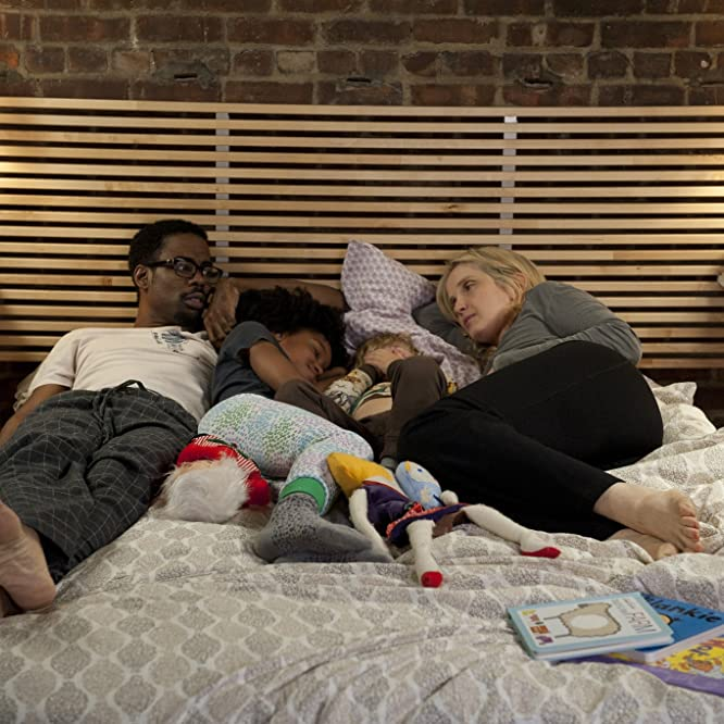 Julie Delpy, Chris Rock, Talen Ruth Riley, and Owen Shipman in 2 Days in New York (2012)