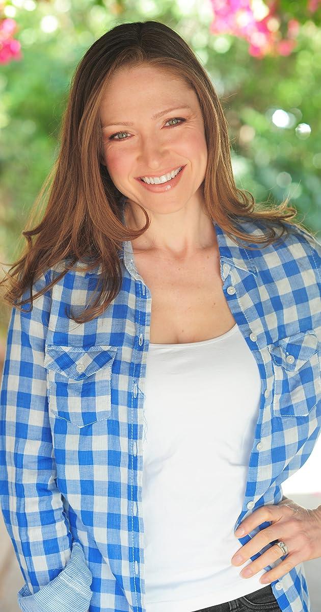Julie Nathanson