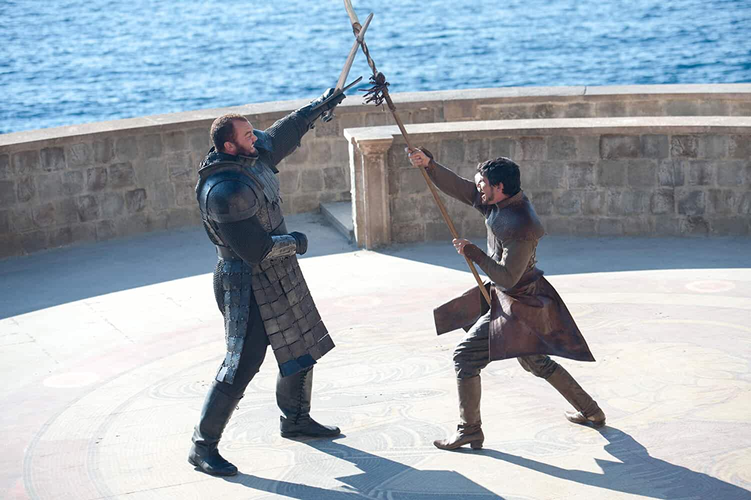 Pedro Pascal and Hafþór Júlíus Björnsson in Game of Thrones (2011)