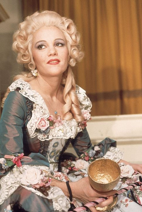 Pictures Amp Photos Of Madeline Kahn Imdb
