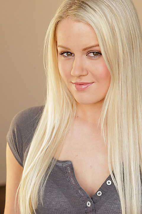 Anna Sophia Berglund Nude Photos 19
