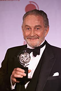 Roy Dotrice Picture