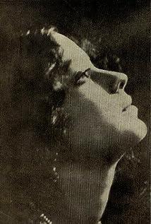 Leela Chitnis Picture