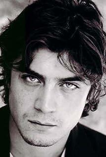 Riccardo Scamarcio Picture