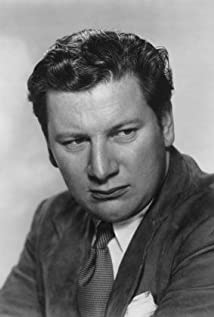 Peter Ustinov Picture
