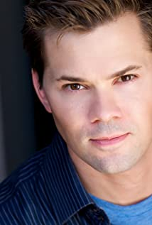 Andrew Rannells Picture