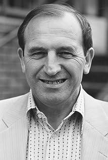 Leonard Rossiter Picture