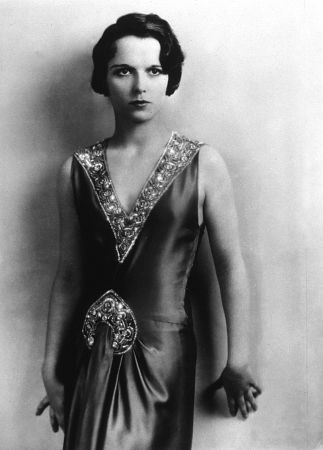 Pictures & Photos of Louise Brooks - IMDb