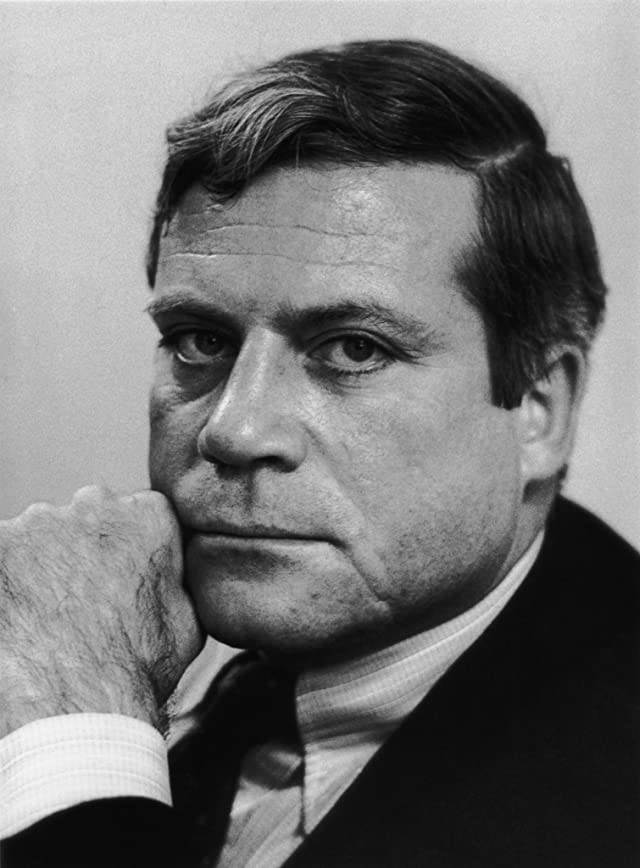 oliver reed height