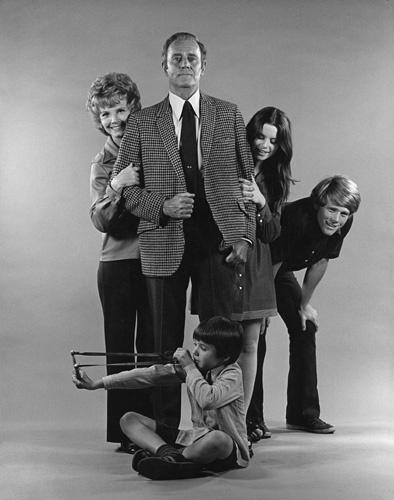 the smith family tv series 1971 1972 imdb. Black Bedroom Furniture Sets. Home Design Ideas