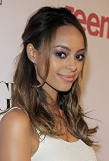 Amber Stevens West Picture