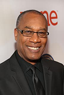 The 70-year old son of father Joseph Thomas Morton, Sr. and mother Evelyn Morton, 175 cm tall Joe Morton in 2018 photo
