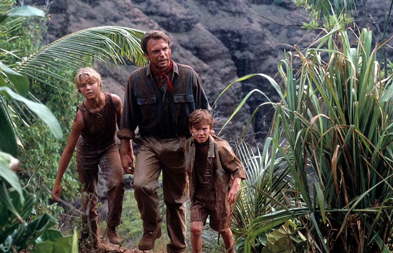 Sam Neill, Ariana Richards, and Joseph Mazzello in Jurassic Park (1993)