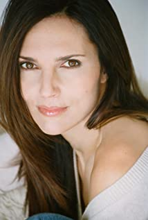 Ashley Laurence Picture