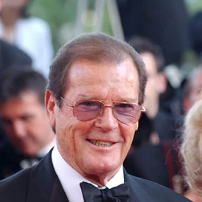 Roger Moore at an event for The Ladykillers (2004)