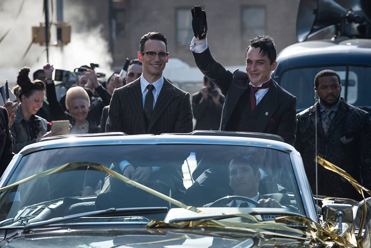 Robin Lord Taylor and Cory Michael Smith in Gotham (2014)