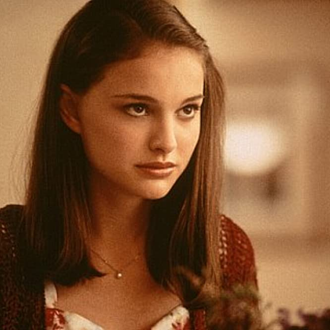 Natalie Portman in Anywhere But Here (1999)