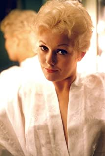 Kim Novak New Picture - Celebrity Forum, News, Rumors, Gossip