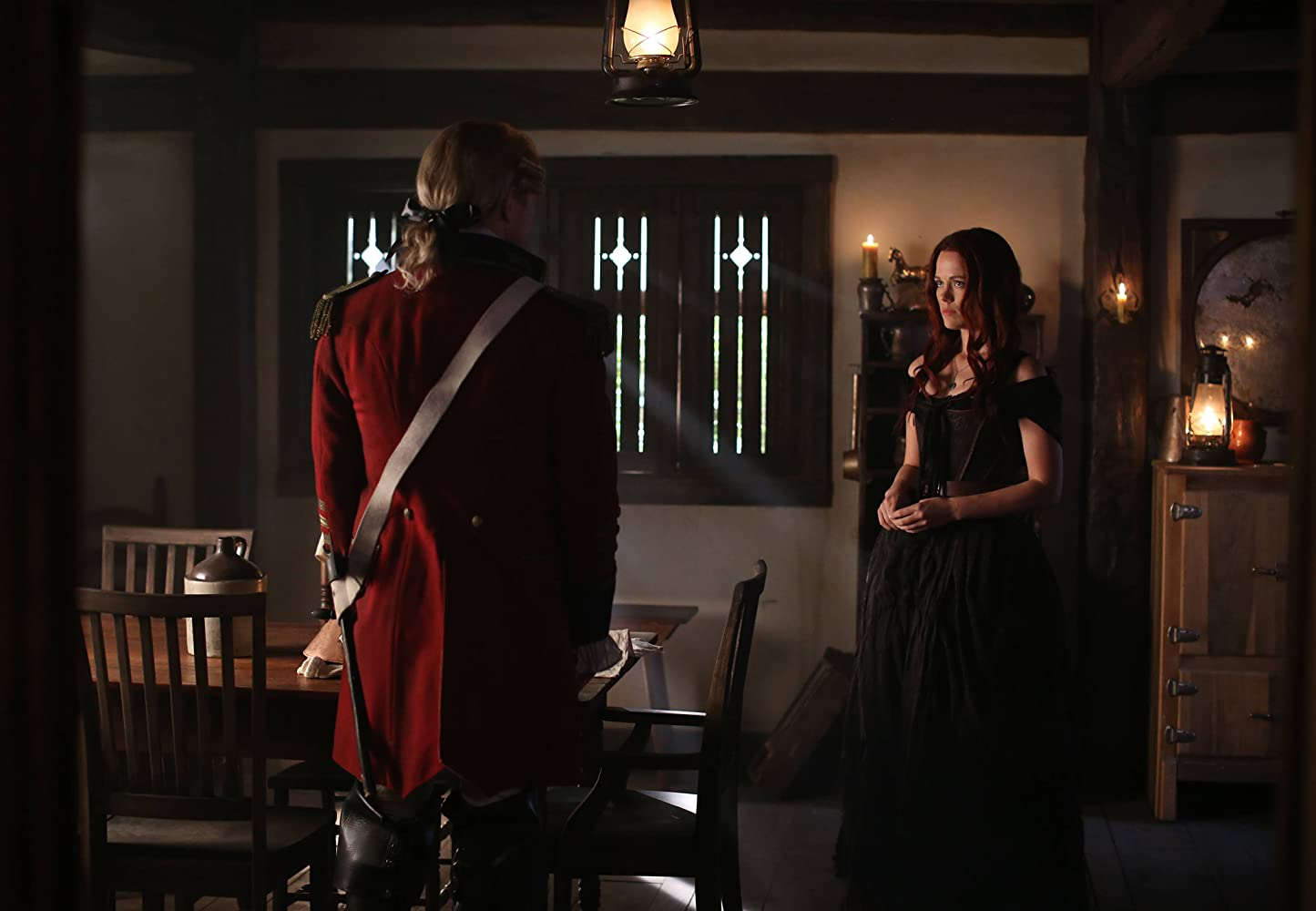 Neil Jackson and Katia Winter in Sleepy Hollow (2013)