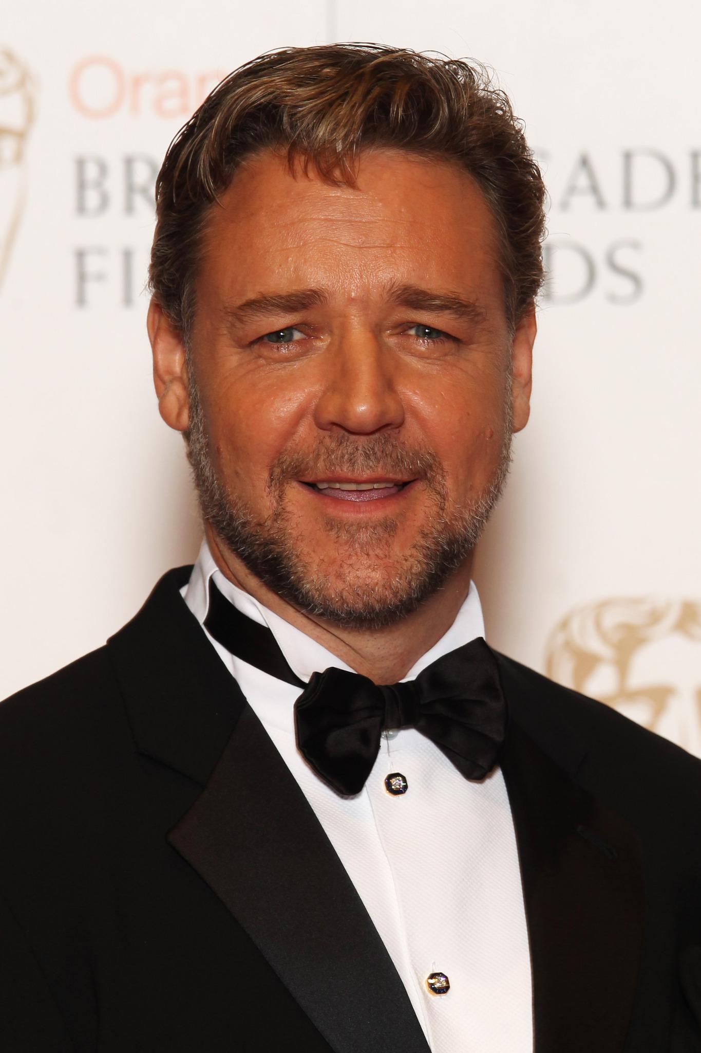 Russell Crowe Net Worth 2018, Bio/Wiki - Celebrity Net Worth