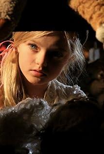 Aktori Tara McDonald