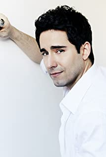 John Lloyd Young Picture
