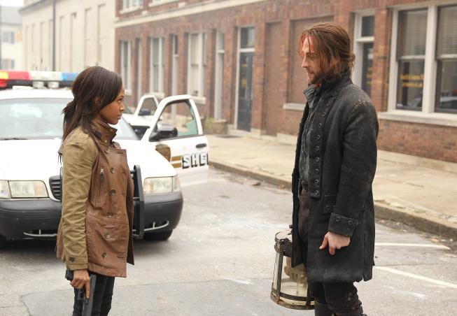 Tom Mison and Nicole Beharie in Sleepy Hollow (2013)