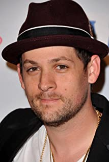 Joel Madden Picture