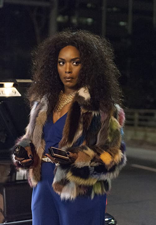 Still of Angela Bassett in American Horror Story (2011)