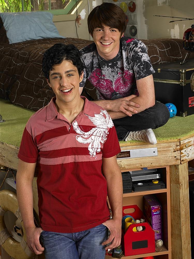 Drake Bell And Josh Peck 2013
