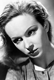 Joan Greenwood Picture