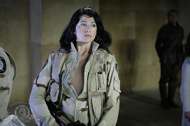 Claudia Black Stargate