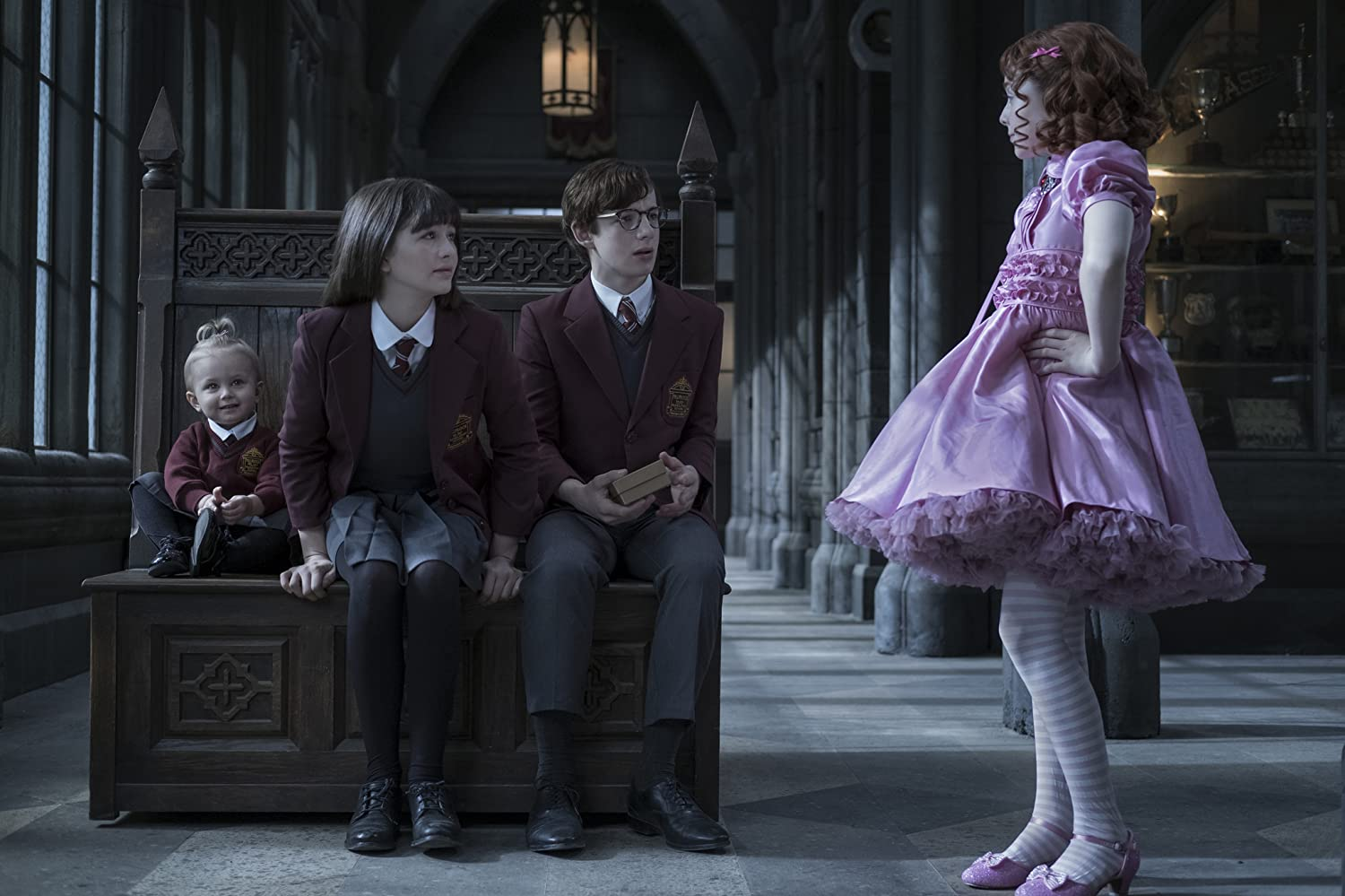 Malina Weissman, Kitana Turnbull, Louis Hynes, and Presley Smith in A Series of Unfortunate Events (2017)