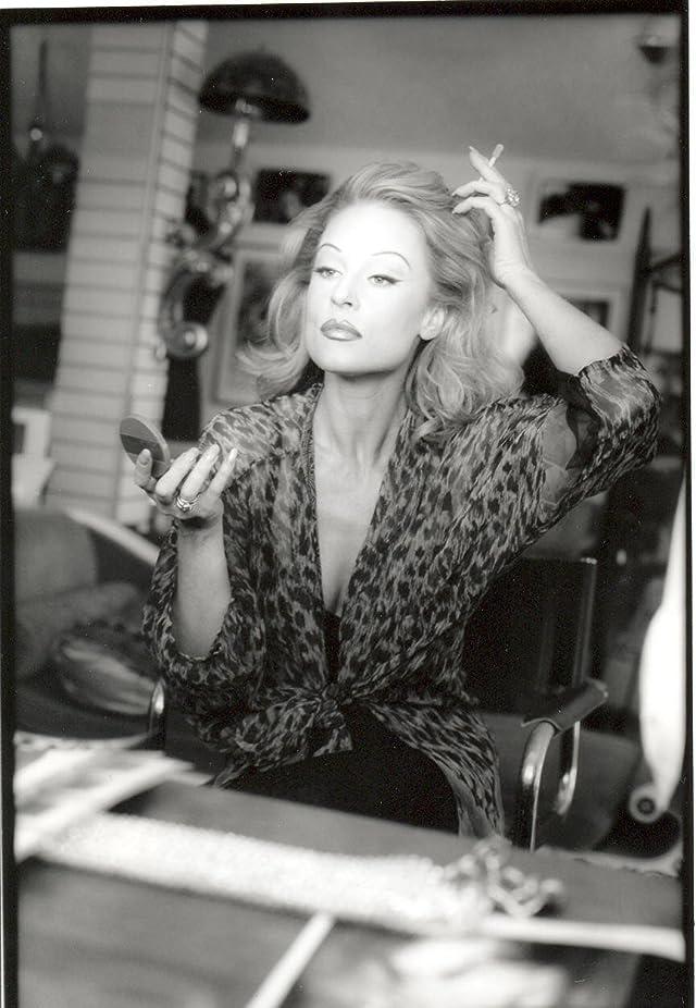 Delia Sheppard Nude Photos 10
