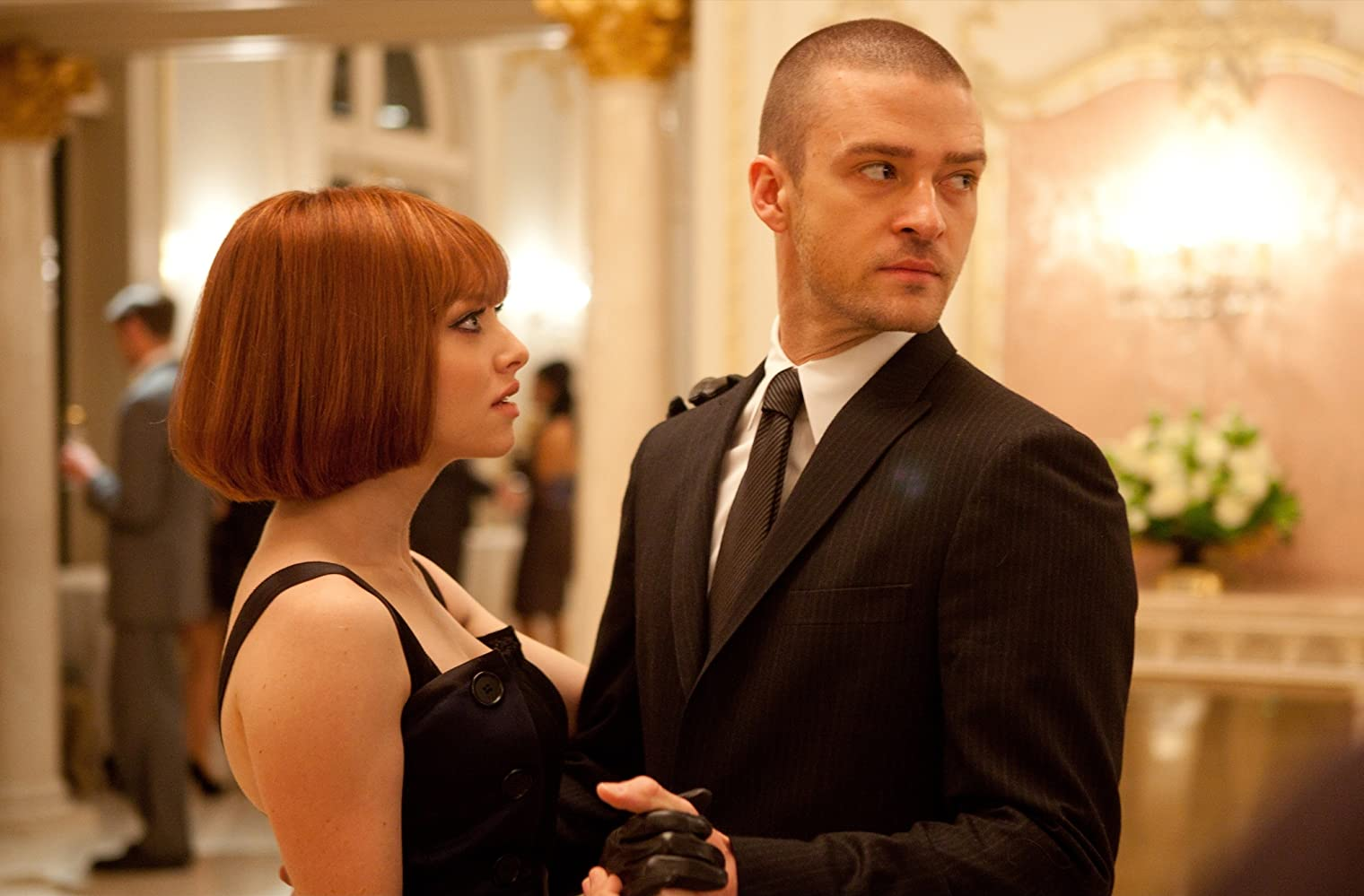 Justin Timberlake and Amanda Seyfried in In Time (2011)