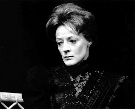 Maggie Smith: 10 essential performances | BFI |Maggie Smith Hook