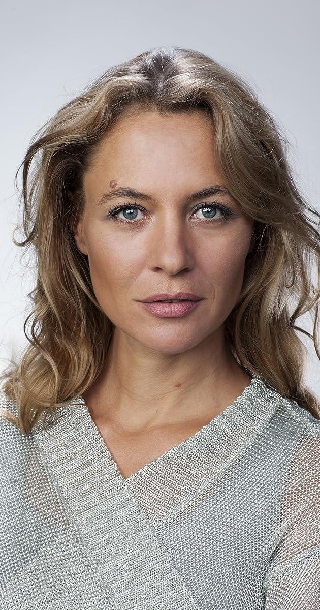 Julia Thurnau