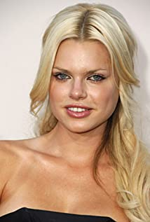 Sophie Monk Picture