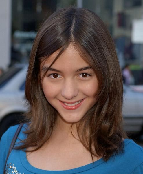 Pictures & Photos of Quinn Shephard - IMDb  Pictures & Phot...