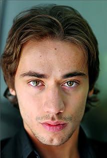 Aktori Nicola Di Chio