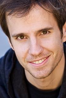 Aktori Greg Tuculescu