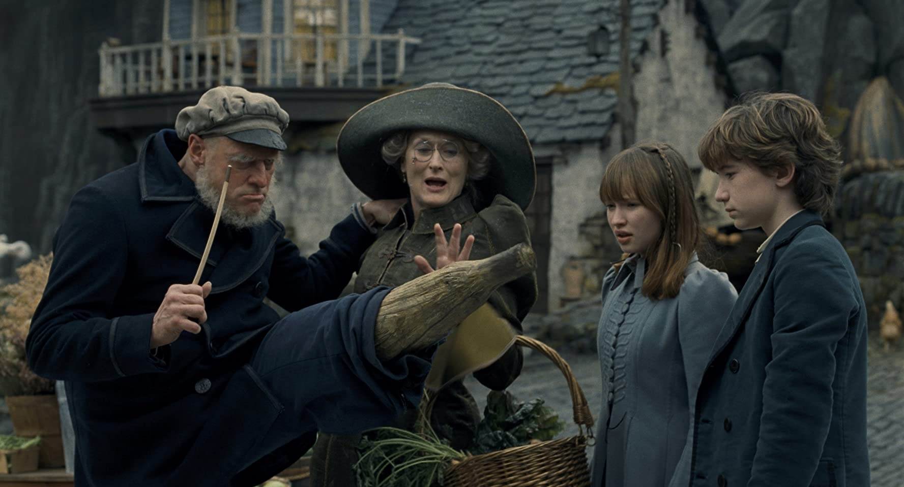 Jim Carrey, Meryl Streep, Liam Aiken, and Emily Browning in A Series of Unfortunate Events (2004)