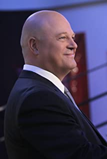 Michael Chiklis Picture