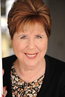 Helen Siff Picture