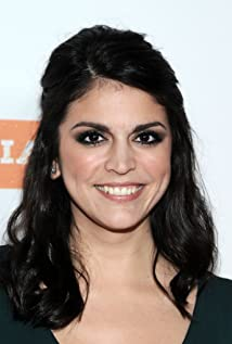 Cecily Strong Picture